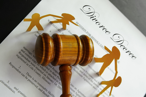 This page provides Las Vegas Nevada child custody information. During a divorce, the most contested issue is often child custody and visitation.